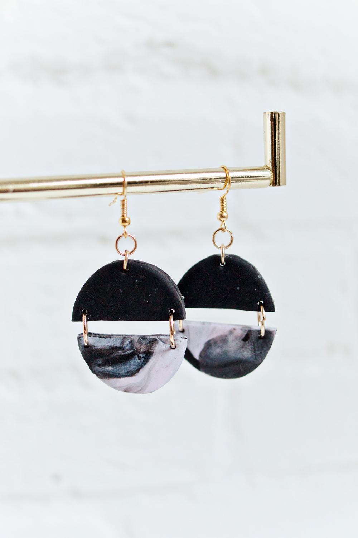 BLACK & PINK – MARBLED DANGLE EARRINGS