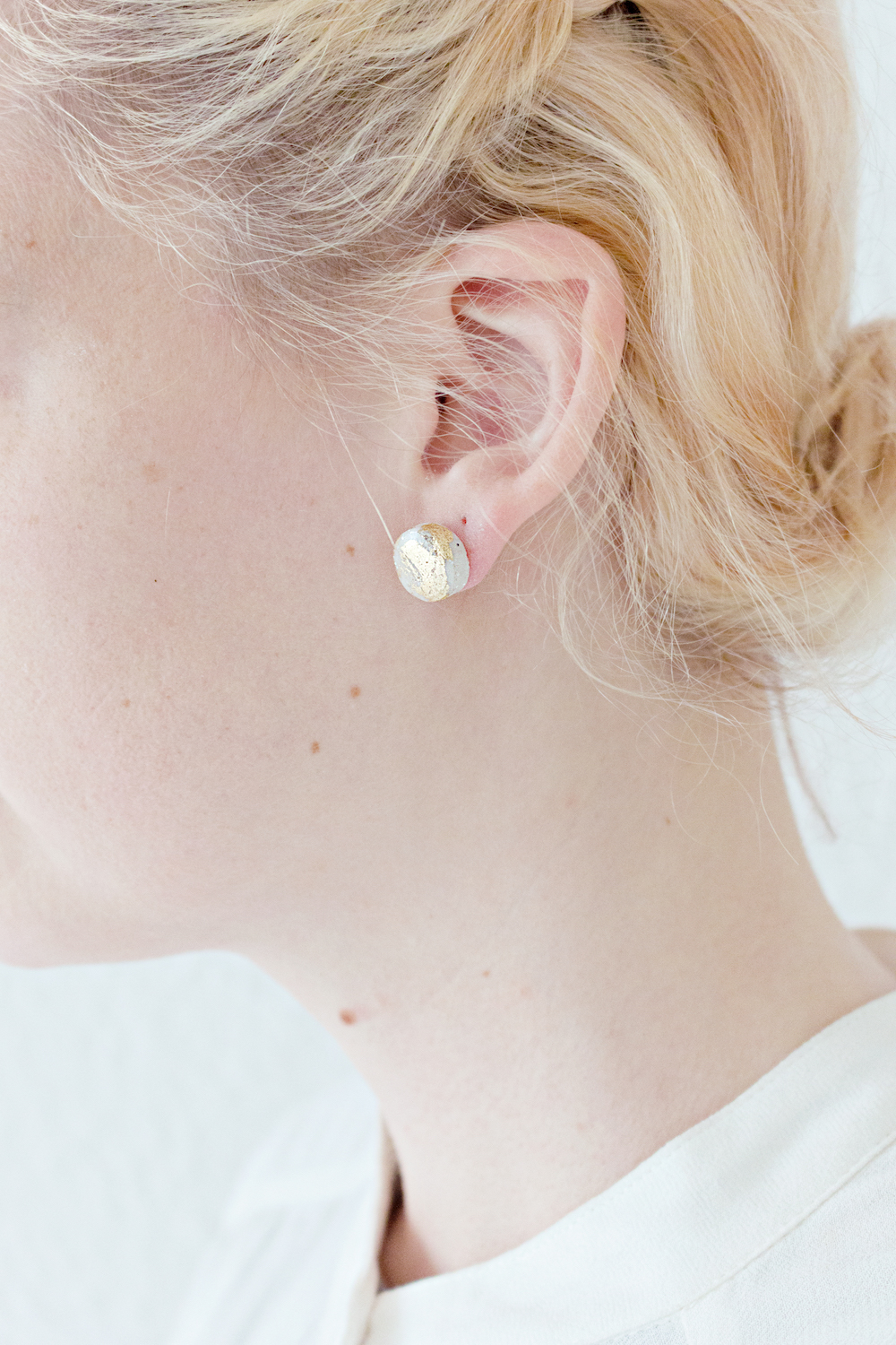 Marble & Gold Round Stud Earrings