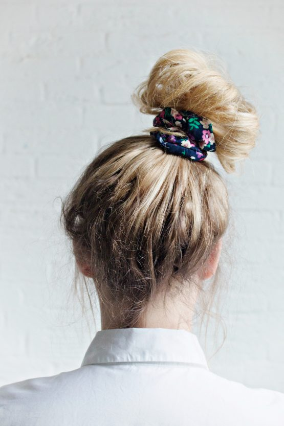 Hair Scrunchie - Floral Blue